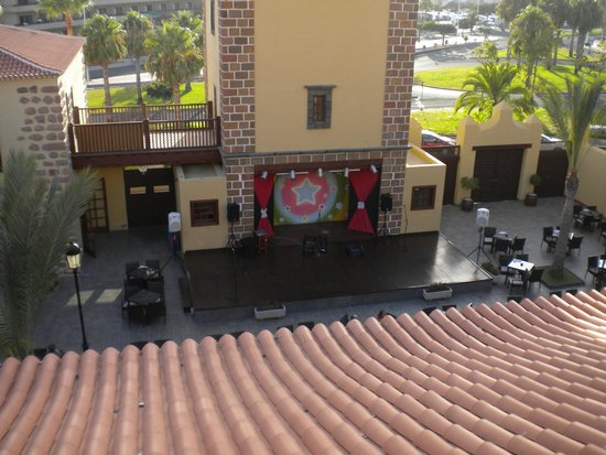 GF Isabel: Entertainment stage from adult area balcony
