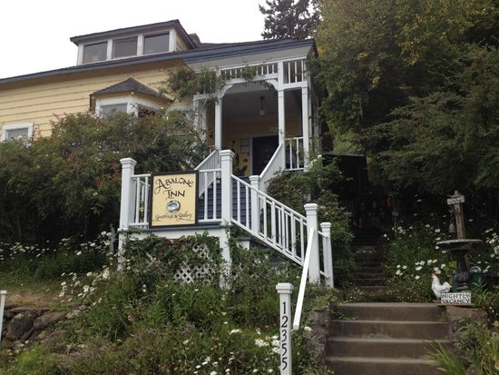 Abalone Inn: Charming B&B