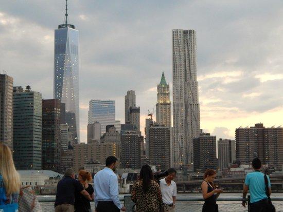 "Brooklyn Heights Promenade: Skyline  dalla ""Promenade"""