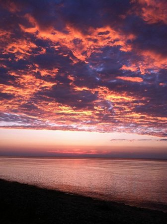 Fisherman's Island State Park: Lake Michigan sunset from the campground's beach