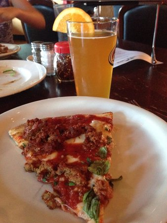 Sa-za : Awesome Pizza & Beer!