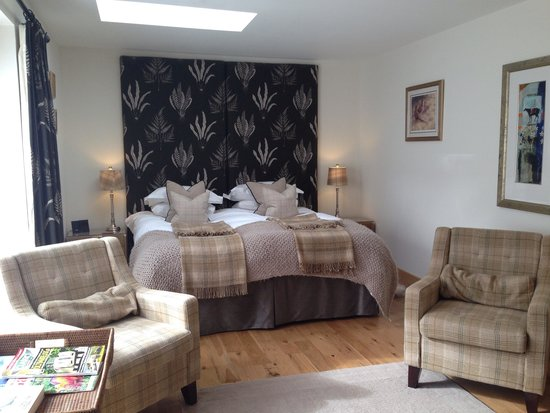The Barn at Roundhurst: Our beautiful room