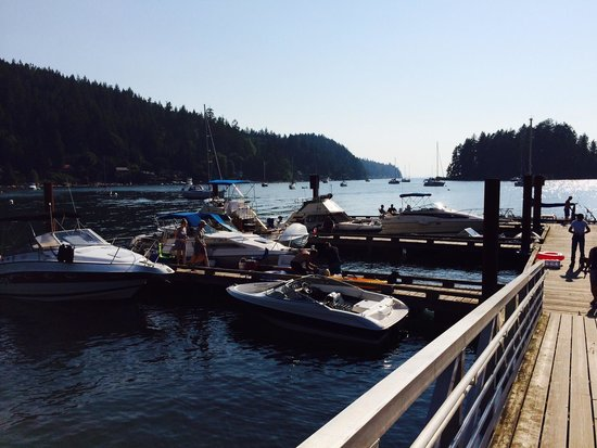 Gibsons, Kanada: Government dock