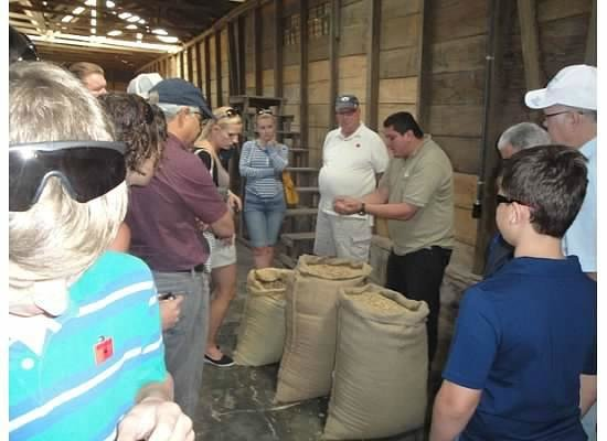 Expediciones Tropicales Day Tours: Doka Coffee Plantation with Adrian explaining the process