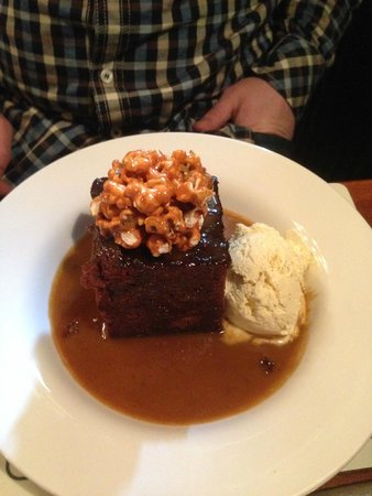 The Black Horse Inn Restaurant : Sticky Toffee Pudding