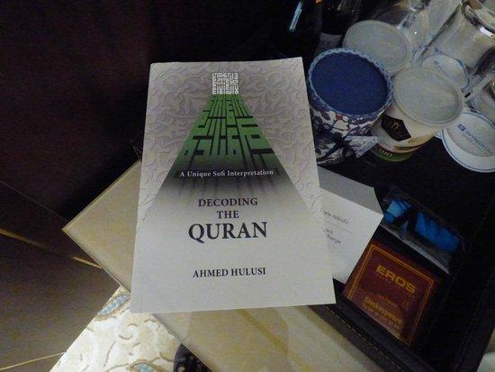 Wyndham Istanbul Old City Hotel: Quran