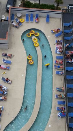 Sands Ocean Club Resort: lazy river