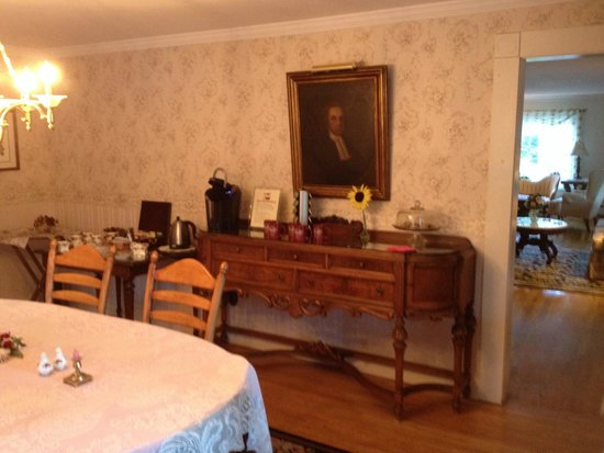 Schroon Lake Bed and Breakfast: Afternoon snacks