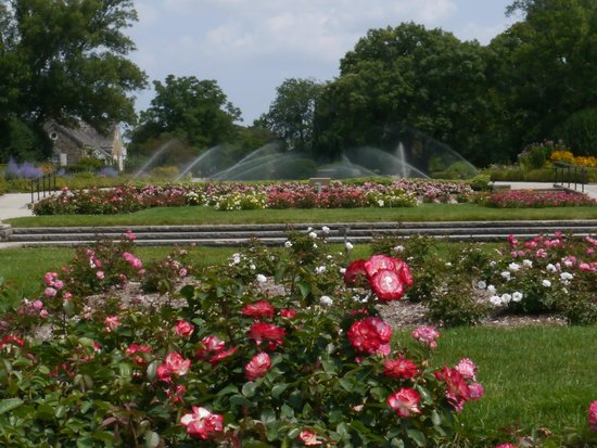 Attirant Boerner Botanical Gardens: Formal Lawns From The Rose Garden