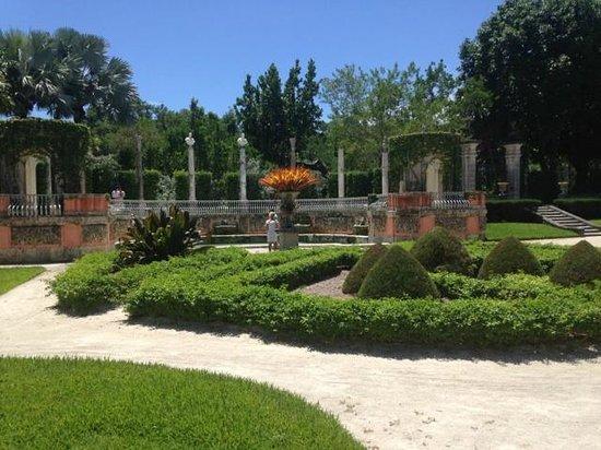 Vizcaya Museum and Gardens: gardens of vizcaya