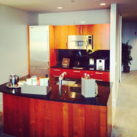 Trump International Hotel & Tower Chicago: My perfect kitchen I did use it