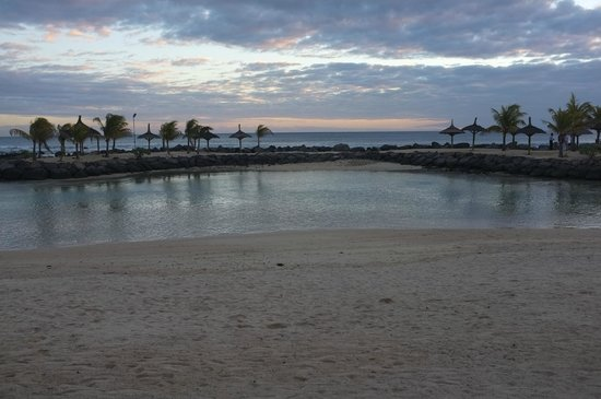 InterContinental Mauritius Resort Balaclava Fort : plage artificielle