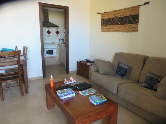 Bitacora: living room in apart hotel