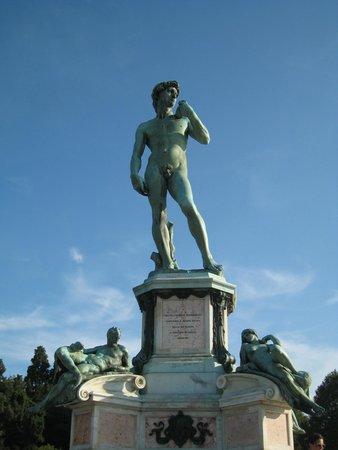 Piazzale Michelangelo: replica of David