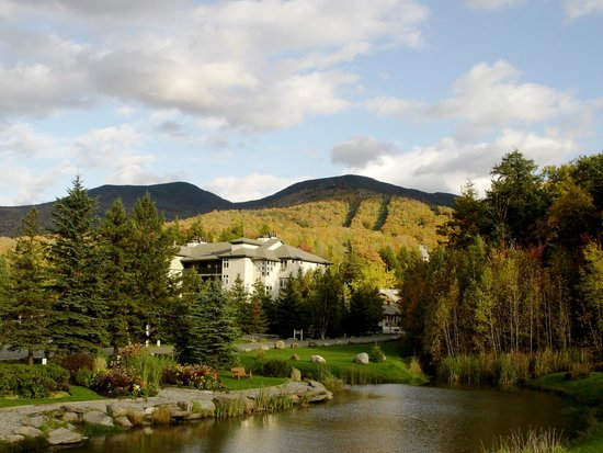 Smugglers' Notch Resort: Resort village and mountain view in fall