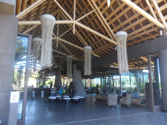 Lopesan Baobab Resort : one of the bars