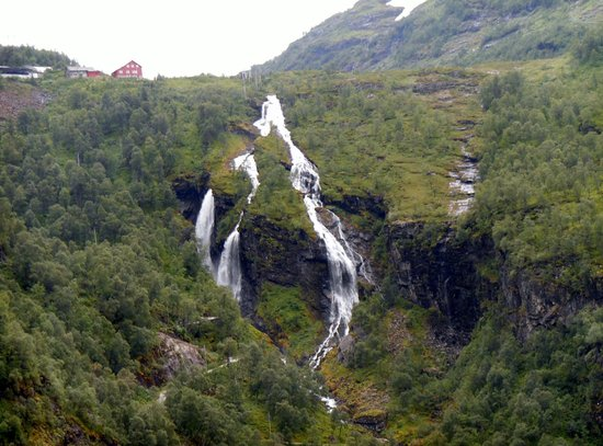 The Flam Railway : Views from Flam railway
