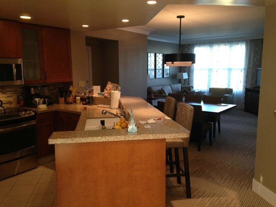 Marriott's Canyon Villas: Kitchen and Dining Area