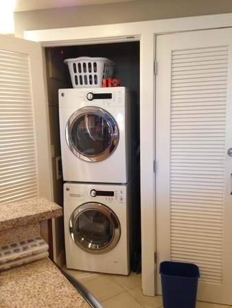 Marriott's Canyon Villas: New Washer and Dryer