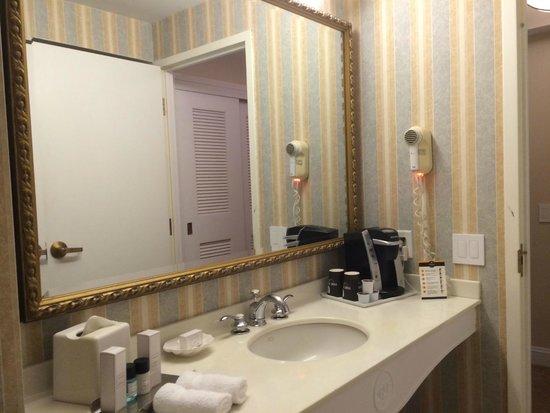 The Thayer Hotel : Bathroom