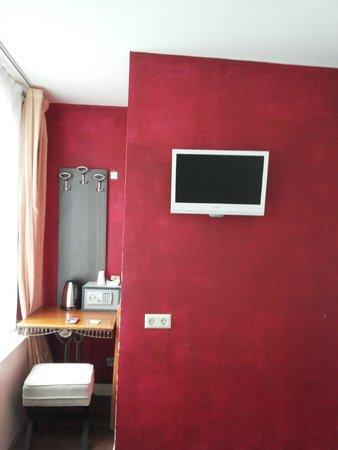 ITC Hotel: parte della camera