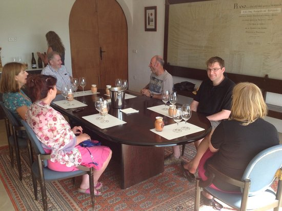 Open Guide Group: Leon & Katie Topliss at the tasting room of Finca Viladellops