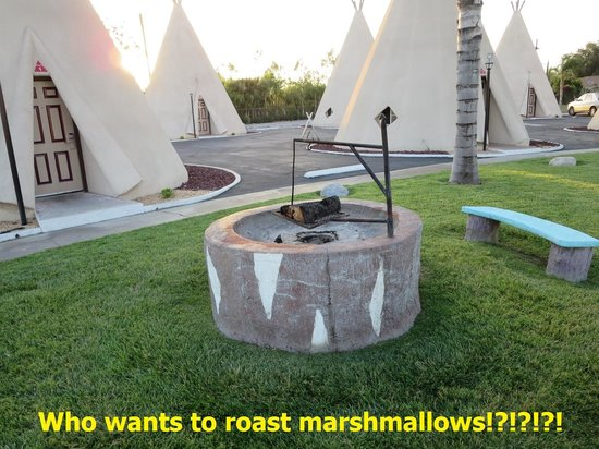 Firepit at the Wigwam Motel in San Bernardino, CA