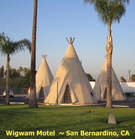 Wigwam Motel: A Trio of Wigwams