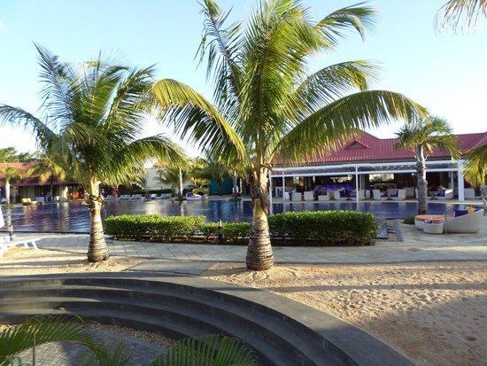 Tamassa Resort: vue de la piscine