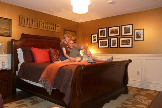 Explorer House Bed & Breakfast: Quality Furniture