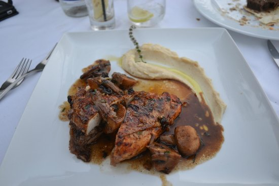 Ferryman Taverna: The best chicken ever tasted for sure!