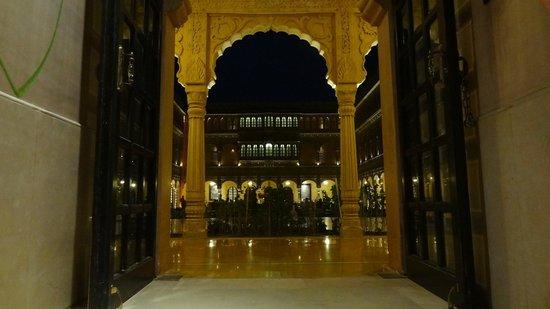 Suryagarh: La cour du palais