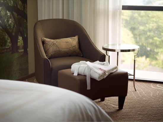 Atlanta Marriott Northwest at Galleria: While enjoying Concierge Level Accommodations, relax in the provided robe!