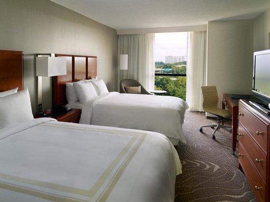 Atlanta Marriott Northwest at Galleria: Deluxe Guest Room with 2 Double Beds
