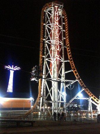 Coney Island USA : Thunderbolt - Straight Up!