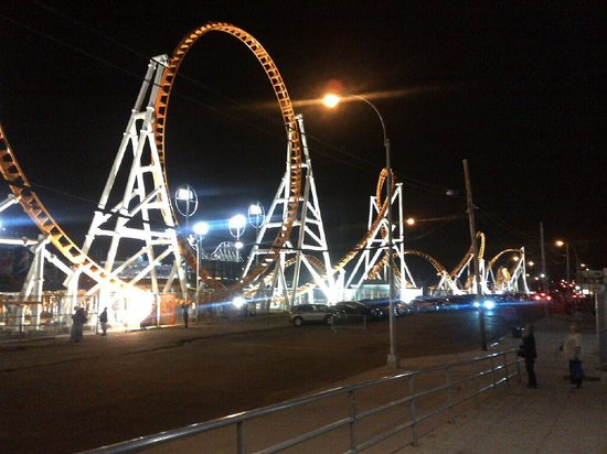 Coney Island USA : Thunderbolt - and then you go on forever!