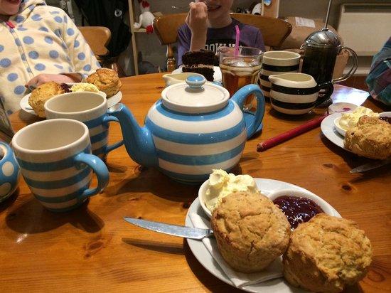 Hele Corn Mill and Tea Room: Aug 2014 - generous cream tea