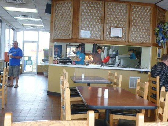 Druther's Restaurant: Salad Bar