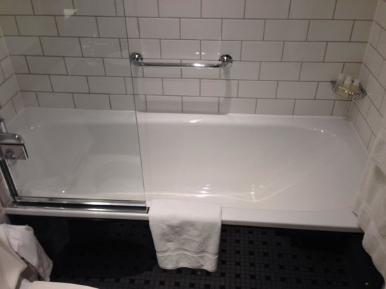 Andaz London Liverpool Street: Baignoire