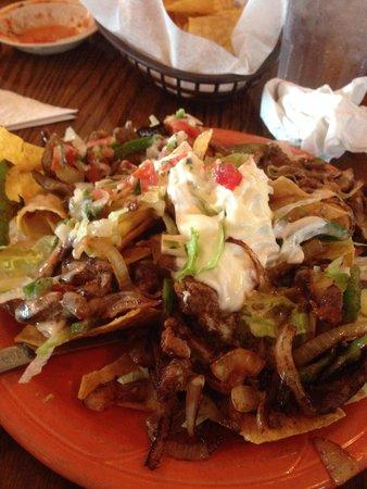 Cottondale, AL: Salada mexicana com fajitas de carne