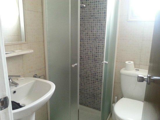 Pyramos Hotel: il bagno