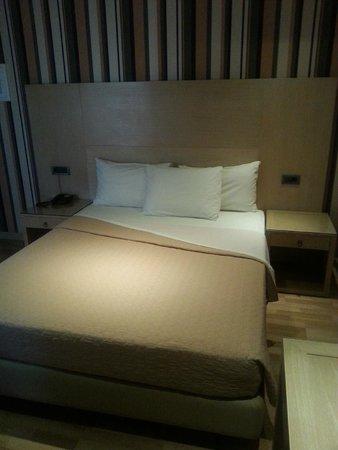 Areos Hotel: la camera