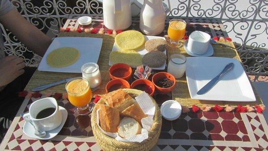 Le Riad Chalymar : Frühstück
