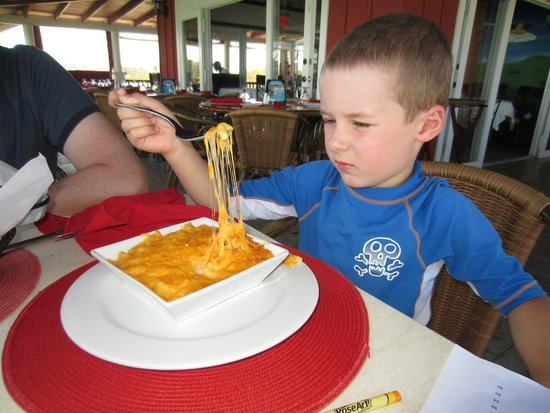 Las Brisas Restaurant: SUPER cheesy (& oh-my-goodness delicious!)
