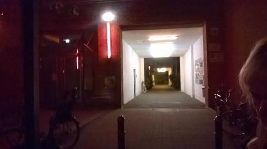 Reingold: Zum Hinterhof