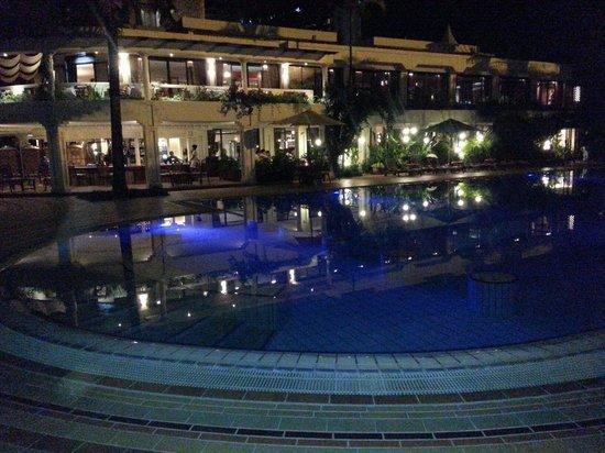 Nairobi Serena Hotel : Night walk