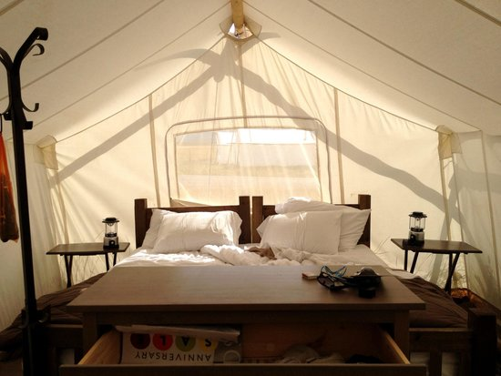 Yellowstone Under Canvas: Tent