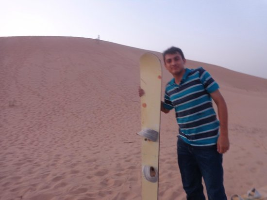 Emirates Tours and Safaris: sand boarding