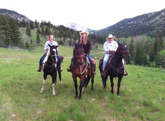 JJJ Wilderness Ranch: Just below Wedding Hill at Mortimer Gulch