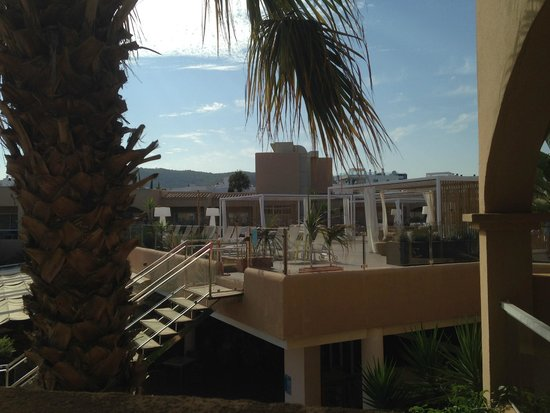 Grupotel Santa Eularia Hotel: Chill Out Zone on roof